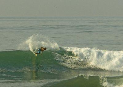 Fabien, surf in Keramas.
