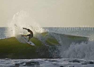 Morning surf in Keramas